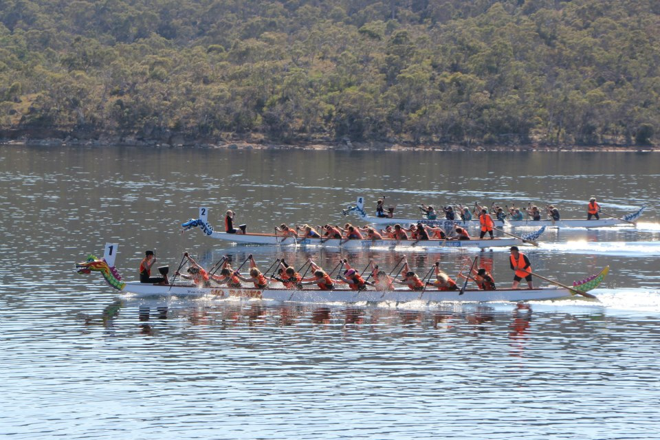 dragon boat race at Lake Jindabyne